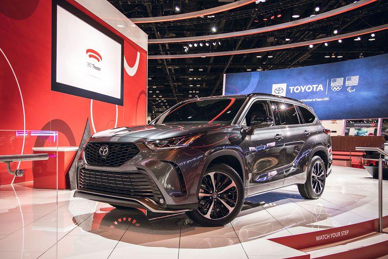 2021 Toyota Highlander Plug In Images Le