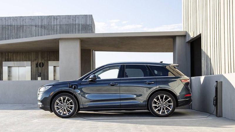 2021 Lincoln Corsair Grand Touring Mpg Review Price Plug Comparison