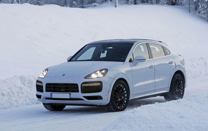 2021 Porsche Macan Electrique Facelift Future Hybrid