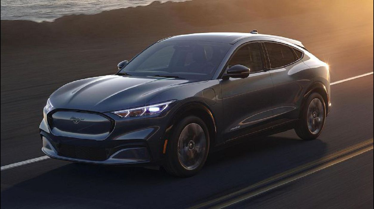 2021 Ford Mach E Electric Suv Reveal Release News