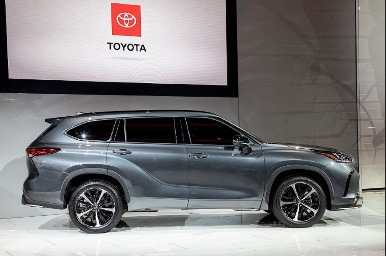 2021 Toyota Highlander Platinum Xle Photos Changes Se Edition