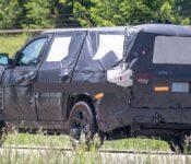 2022 Jeep Grand Wagoneer 360 Diecast Nos Oem Tailgate Center